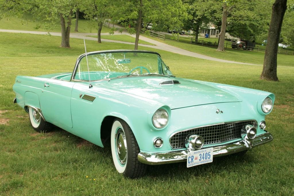 Ford Thunderbird. Pójdź ku mnie, dziecię.  Jestem  bardzo wybredną blacharą.